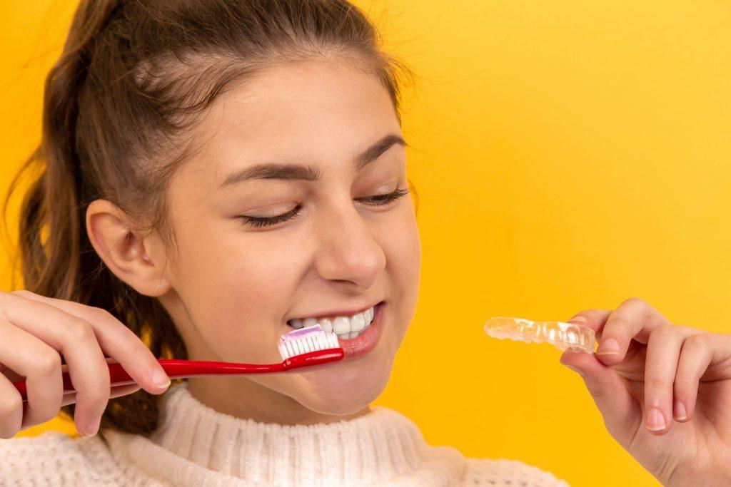aparate dentare clear aligner pentru copii